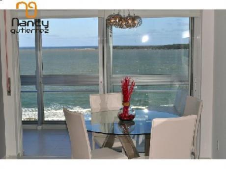Apartamentos En Playa Mansa: Ngp1509a