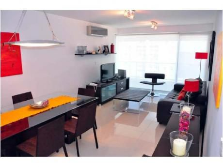 Apartamentos En Playa Mansa: Ngp4441a