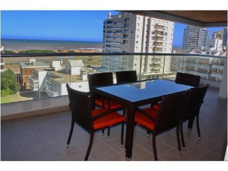 Apartamentos En Playa Brava: Ngp7954a