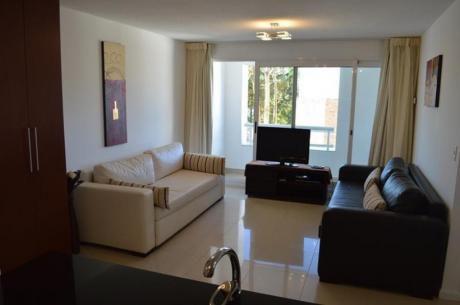 Apartamentos En Playa Mansa: Ocm326382a