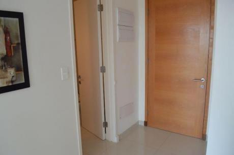Apartamentos En Playa Mansa: Ocm328264a