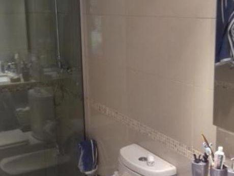 Apartamentos En Playa Mansa: Ocm330239a
