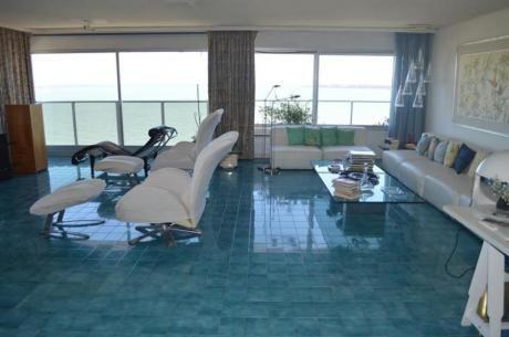 Apartamentos En Playa Mansa: Ocm638761a