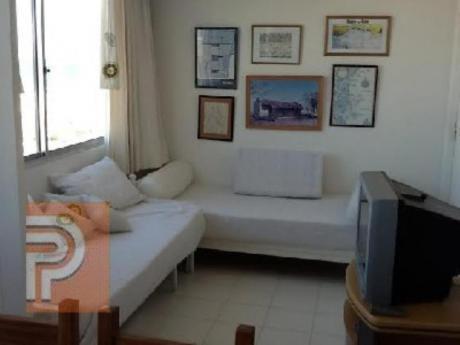 Apartamentos En Playa Mansa: Plg2460a