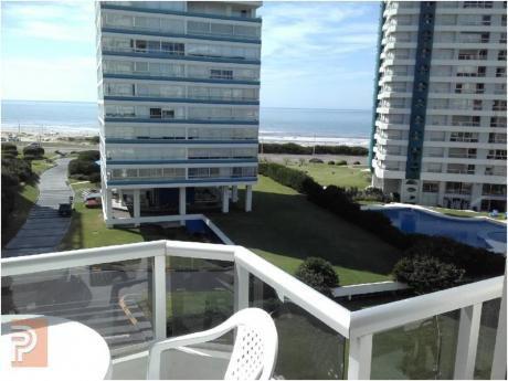Apartamentos En Playa Brava: Plg2475a