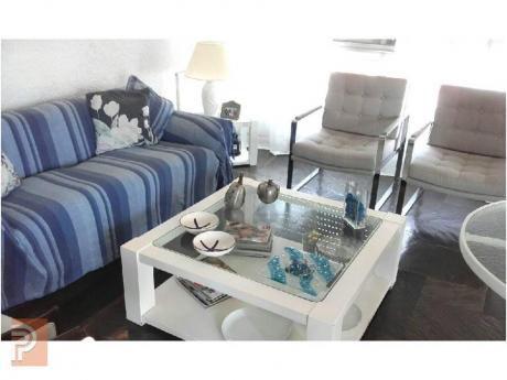 Apartamentos En Playa Brava: Plg2480a