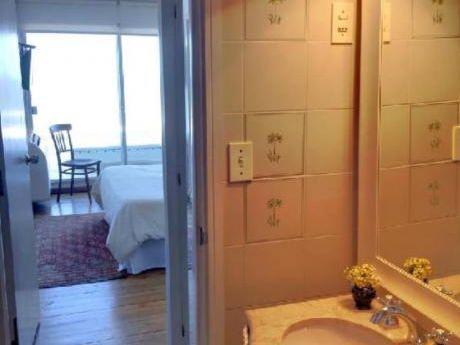 Apartamentos En Punta Ballena: Plg2483a