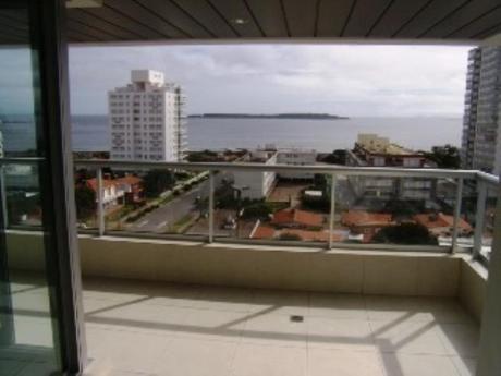 Apartamentos En Playa Mansa: Pla29a