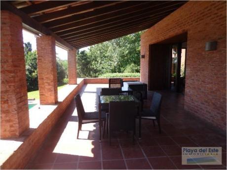 Casas En Punta Ballena: Pla6025c