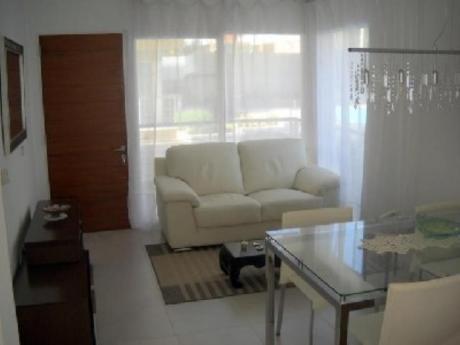 Apartamentos En Península: Pla6200a