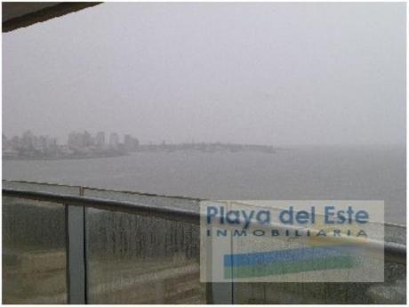 Apartamentos En Playa Mansa: Pla6599a