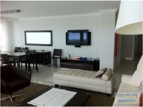 Apartamentos En Playa Mansa: Pla7840a