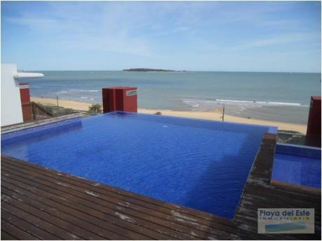Apartamentos En Playa Mansa: Pla8018a