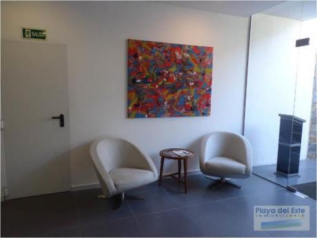 Apartamentos En Península: Pla8156a