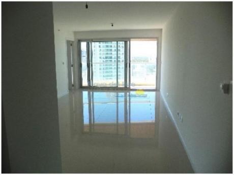 Apartamentos En Playa Brava: Pla8160a