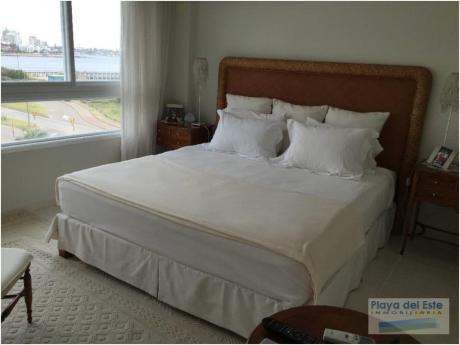 Apartamentos En Playa Mansa: Pla8325a