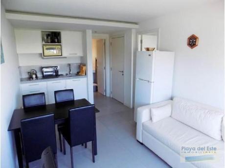 Apartamentos En Playa Brava: Pla8484a