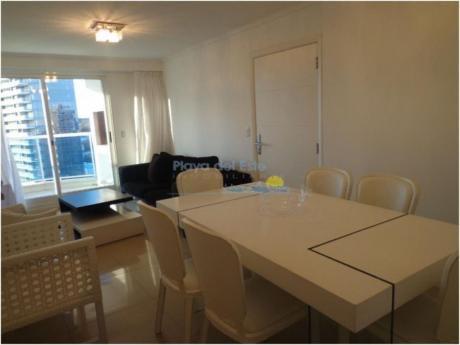 Apartamentos En Playa Mansa: Pla8543a