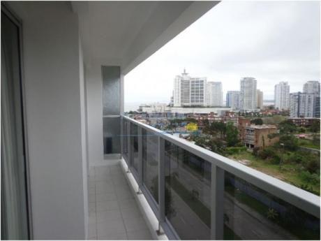 Apartamentos En Playa Brava: Pla8578a