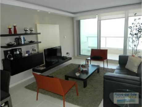 Apartamentos En Playa Mansa: Pla8685a