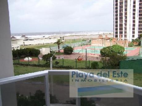 Apartamentos En Playa Brava: Pla871a