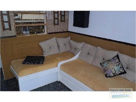 Apartamentos En Playa Mansa: Pla8988a
