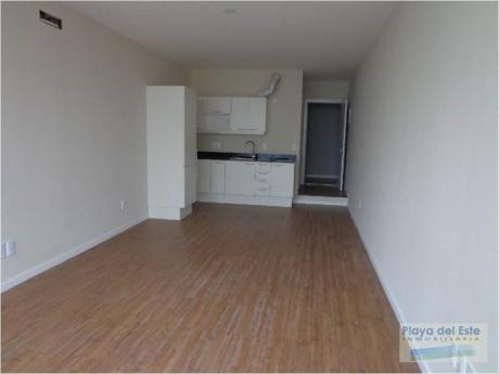 Apartamentos En Península: Pla9085a