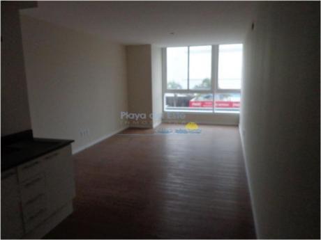 Apartamentos En Península: Pla9086a
