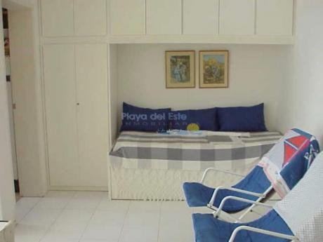 Apartamentos En Playa Brava: Pla94a