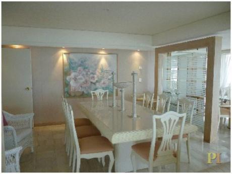 Apartamentos En Playa Mansa: Pti1005a