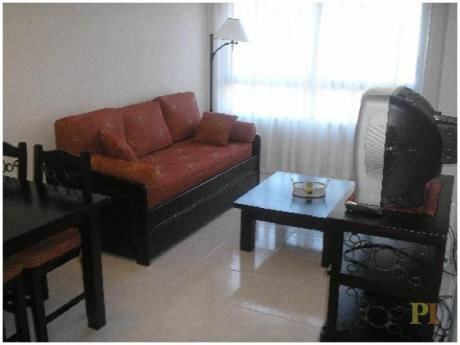 Apartamentos En Playa Mansa: Pti1696a