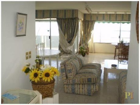 Apartamentos En Playa Mansa: Pti1758a