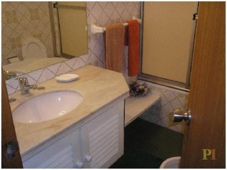 Apartamentos En Playa Mansa: Pti1775a