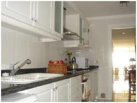 Apartamentos En Playa Mansa: Pti1850a