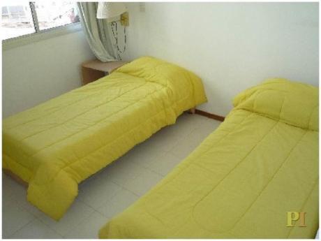 Apartamentos En Playa Brava: Pti1857a