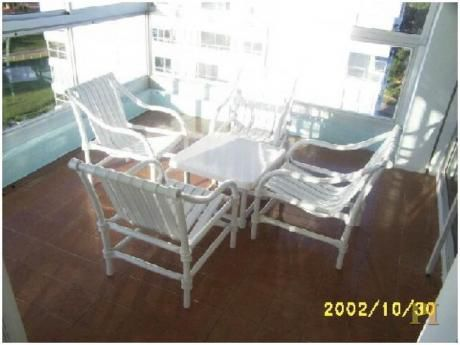 Apartamentos En Playa Mansa: Pti1976a