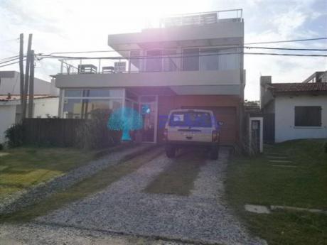 Casas En Manantiales: Prn599c
