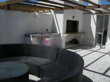 Apartamentos En Playa Mansa: Psk37a