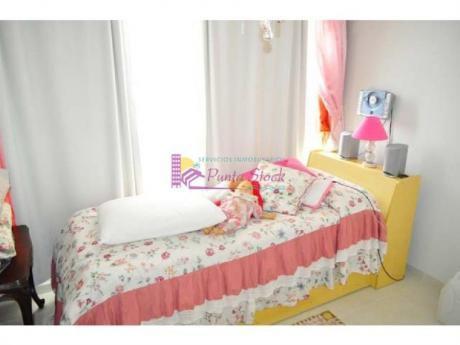 Apartamentos En Playa Mansa: Psk39a