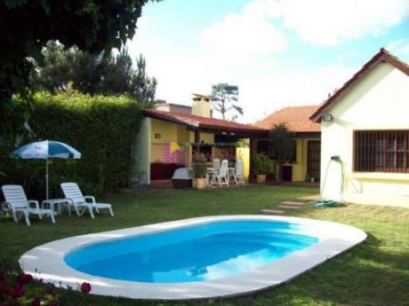Casas En Playa Mansa: Psk53c