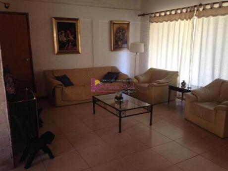 Casas En Playa Mansa: Psk63c