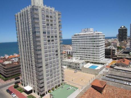 Apartamentos En Península: Rni10209a