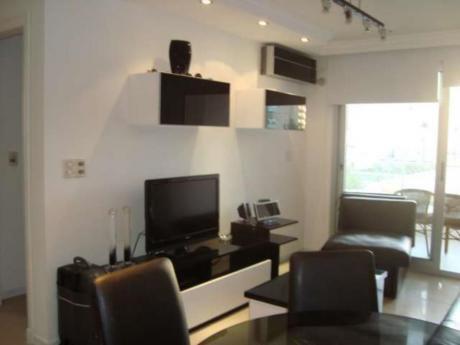 Apartamentos En Playa Mansa: Rni4655a