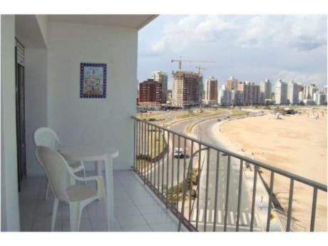Apartamentos En Península: Rni4823a