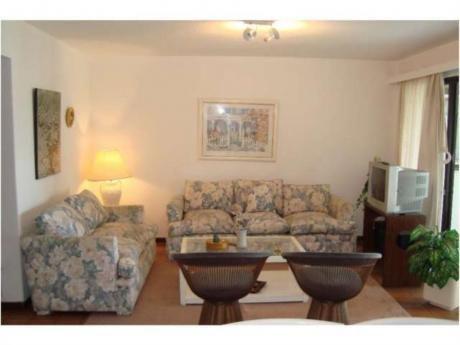 Apartamentos En Playa Brava: Rni4983a
