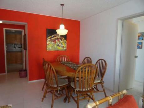 Apartamentos En Playa Brava: Rni5566a