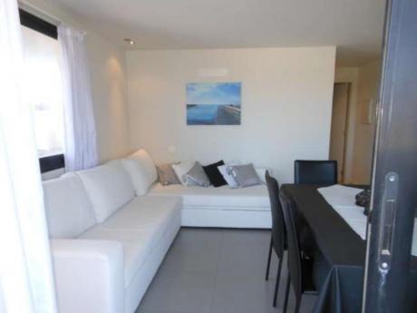 Apartamentos En Playa Brava: Rni7916a