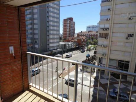 Apartamentos En Península: Rni8611a