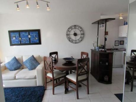 Apartamentos En Playa Mansa: Rni9642a
