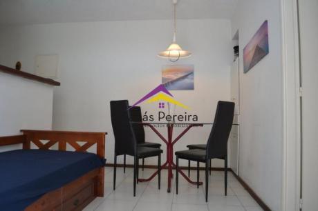 Apartamentos En Playa Brava: Smr37571a